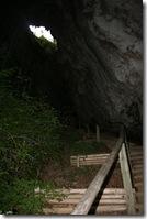 Weg zur Hütte in der Grotte