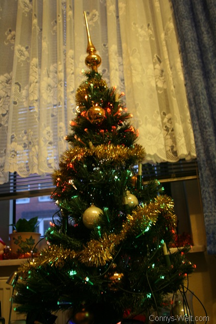 der weihnachtsbaum steht weihnachtliche blogparade. Black Bedroom Furniture Sets. Home Design Ideas