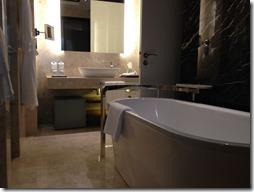 bathroom-231752_1920