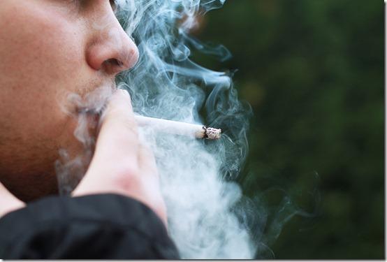 smoking-1026559_1920