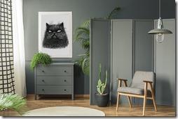 Poster mit einer schwarzen Katze im Wohnzimmer